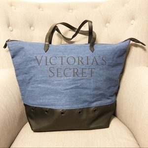 Victoria Secret Tote Bag!